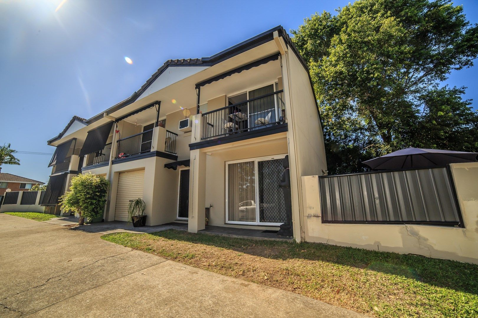 2/74 Pohlman Street, Southport QLD 4215, Image 0