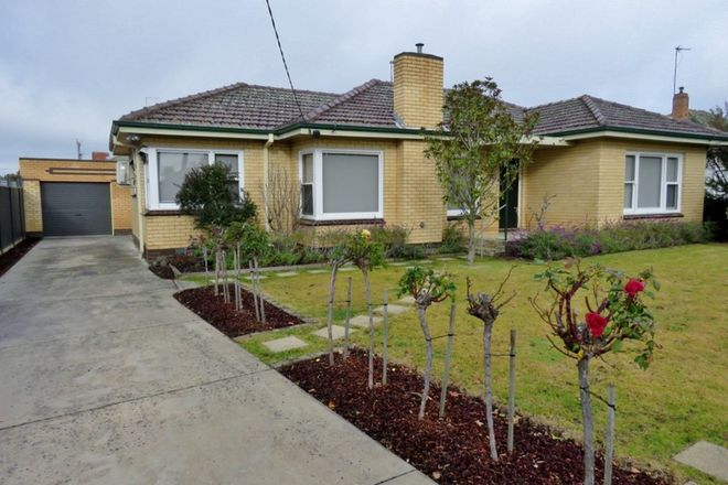 Picture of 31 College Street, WENDOUREE VIC 3355