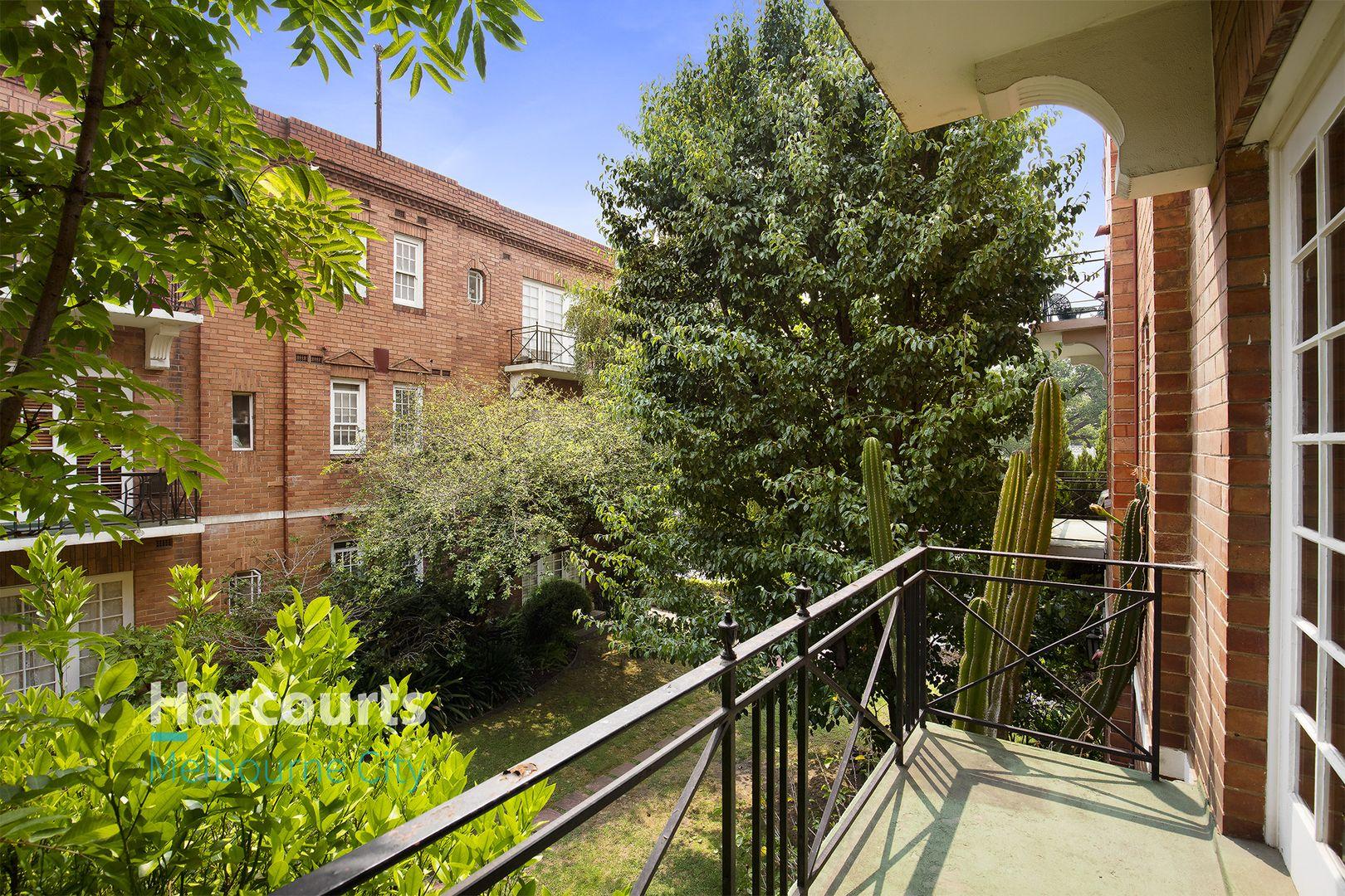 10/53 Powlett Street, East Melbourne VIC 3002, Image 0
