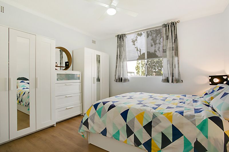 1/19 Chamberlain Street, Campbelltown NSW 2560, Image 2