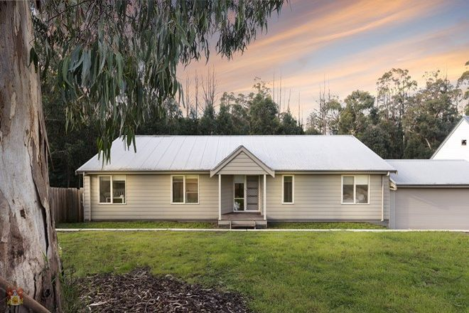 Picture of 35 Robertson Road, KINGLAKE VIC 3763