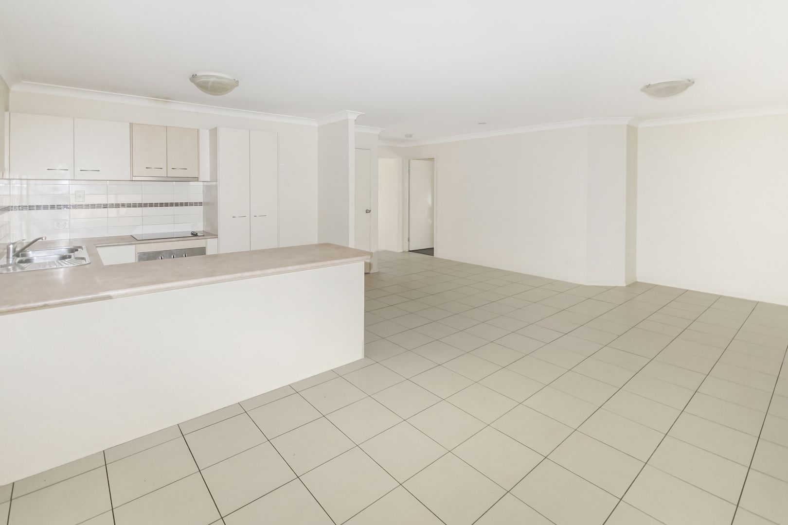 2 Siffleet Street, Bellbird Park QLD 4300, Image 2