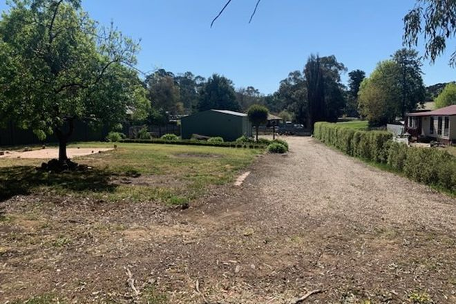 Picture of 1 Piper  Street, BROADFORD VIC 3658