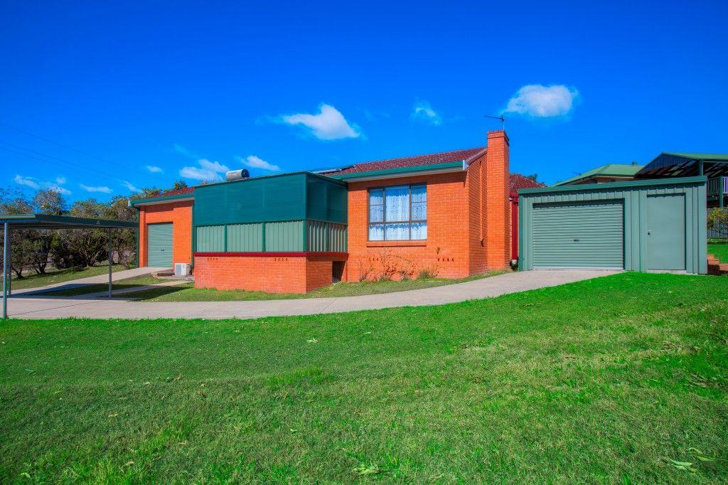 14 Baird Street, Dungog NSW 2420