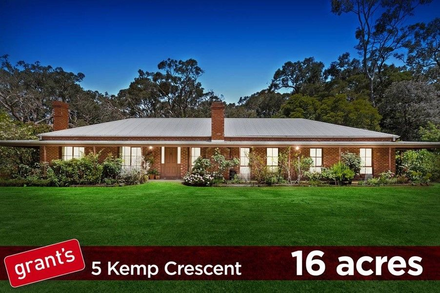5 Kemp Crescent, Somerville VIC 3912, Image 0