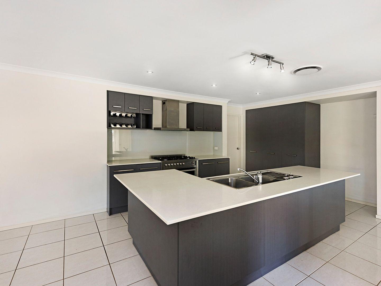 14 Lennox Close, Manly West QLD 4179, Image 1