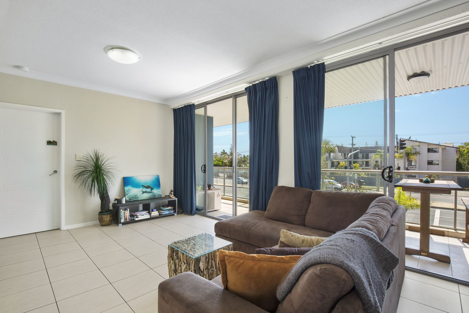 10/2254 Gold Coast Highway, Mermaid Beach QLD 4218, Image 1