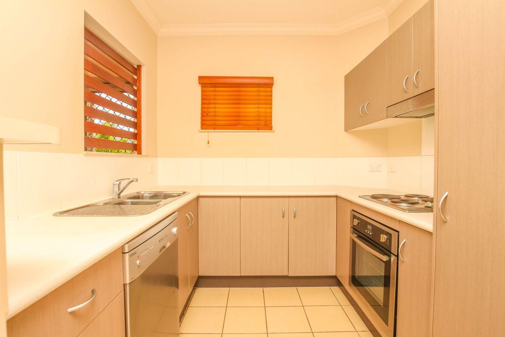 107/22-24 Ward Street, Mooroobool QLD 4870, Image 2
