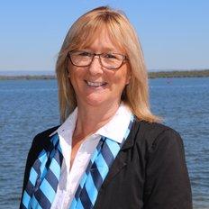 Nicola Coe, Sales representative