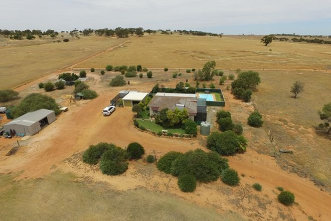 Picture of 68 Robert Road, GOOMALLING WA 6460