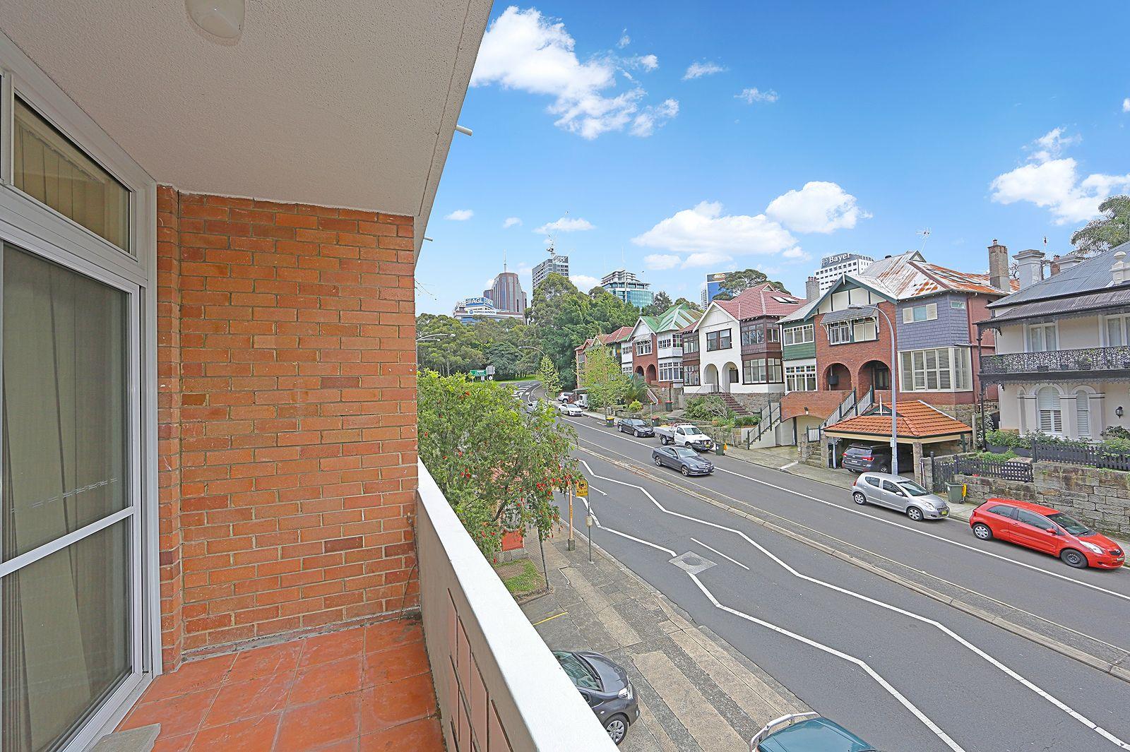 10/49 High Street, North Sydney NSW 2060, Image 2