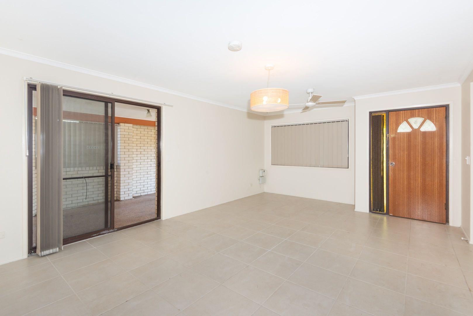 49 Melinda Court, Kallangur QLD 4503, Image 2