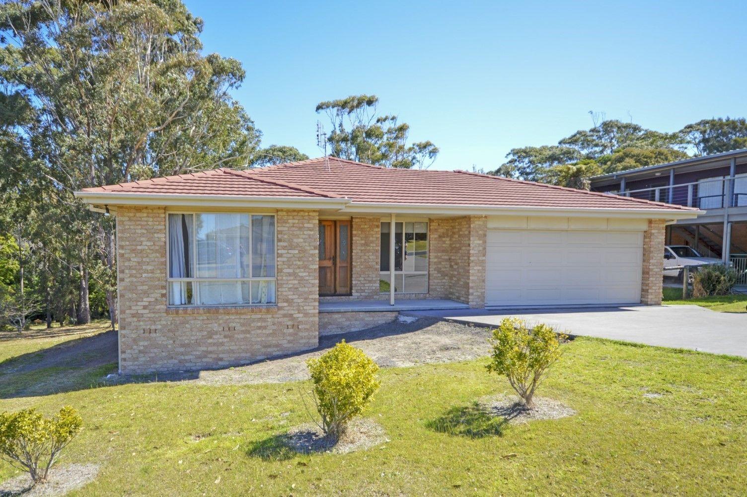 11 Craddock Road, Tuross Head NSW 2537, Image 0