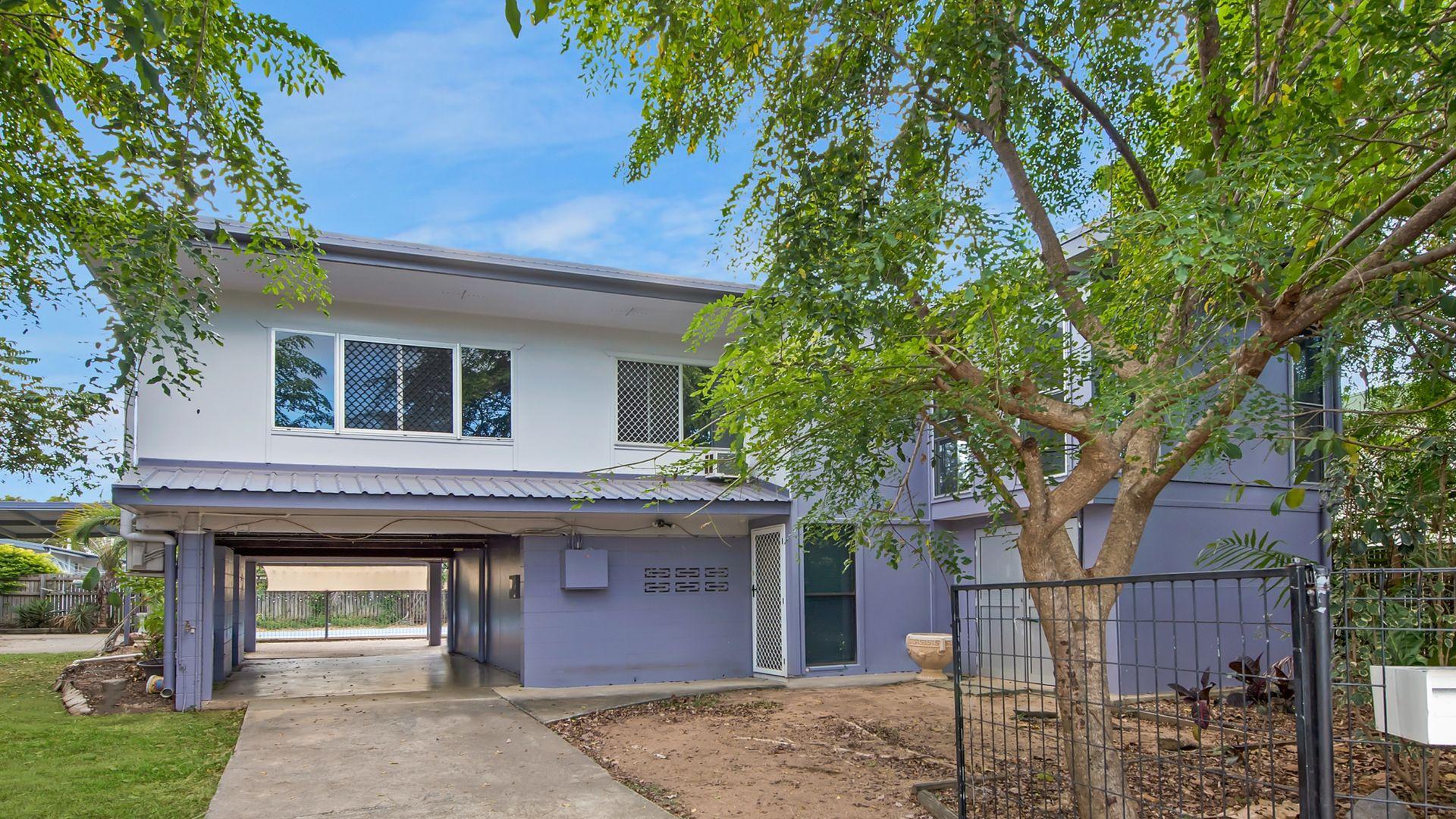15 Aloomba Crescent, Cranbrook QLD 4814, Image 1