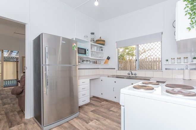 Picture of 19 Frank Street, SCARBOROUGH QLD 4020