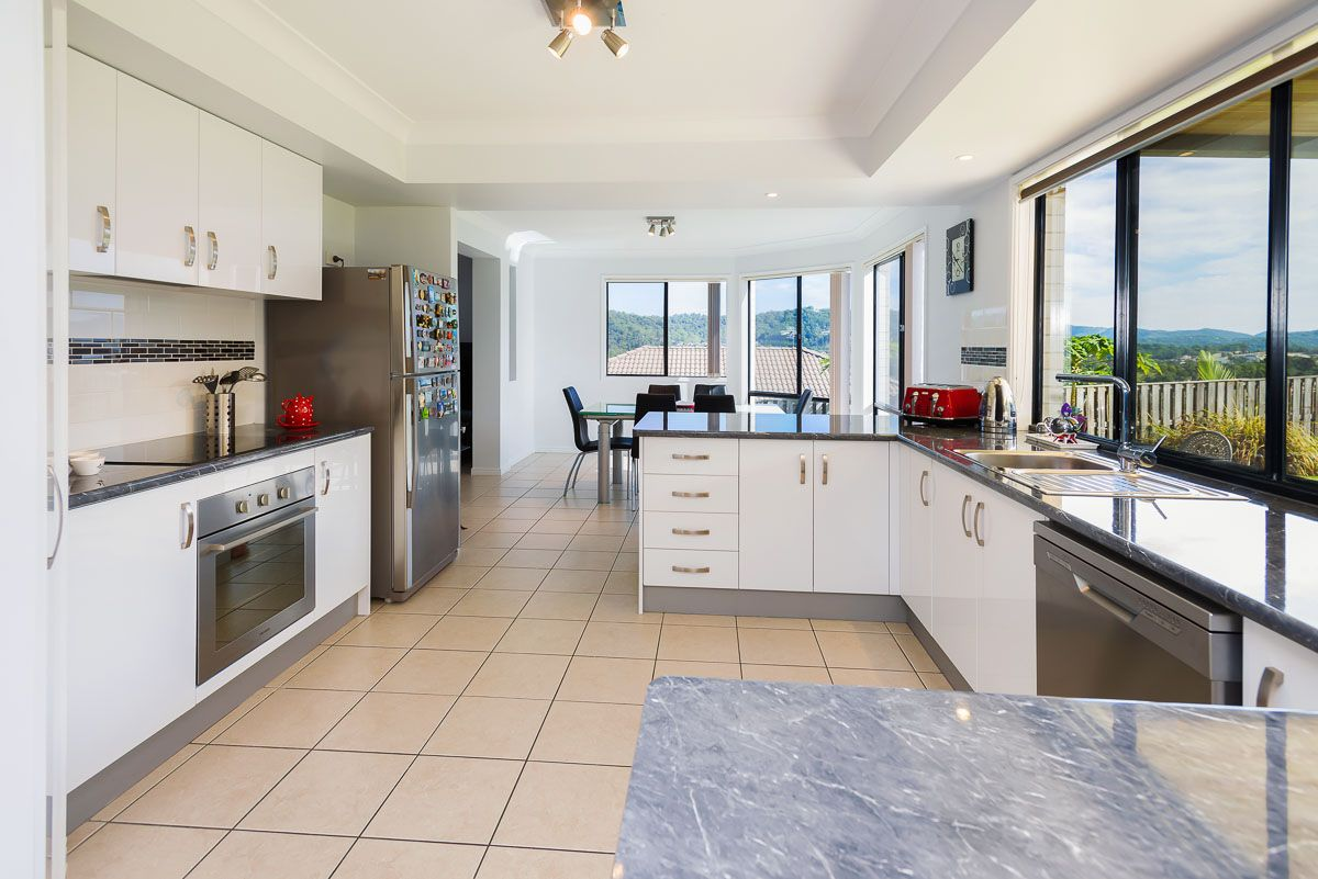 12 Sangster Crescent, Pacific Pines QLD 4211, Image 1