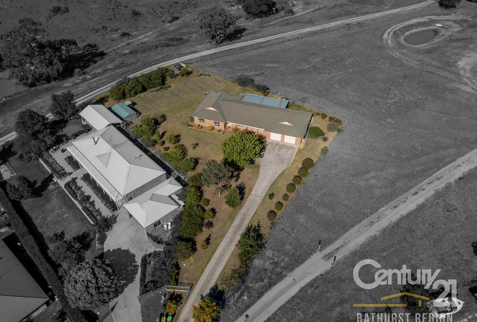 8 Kensington Place, Perthville NSW 2795, Image 2