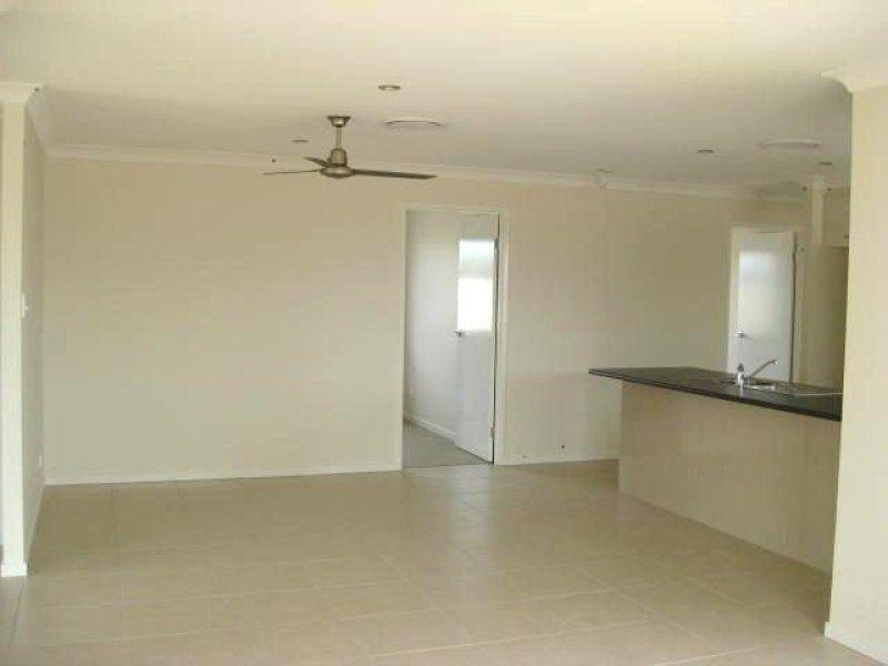 98 Taylor Street, Roma QLD 4455, Image 2