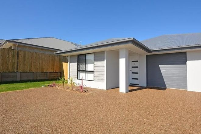 Picture of 1/5 Lachlan Drive, KAWUNGAN QLD 4655