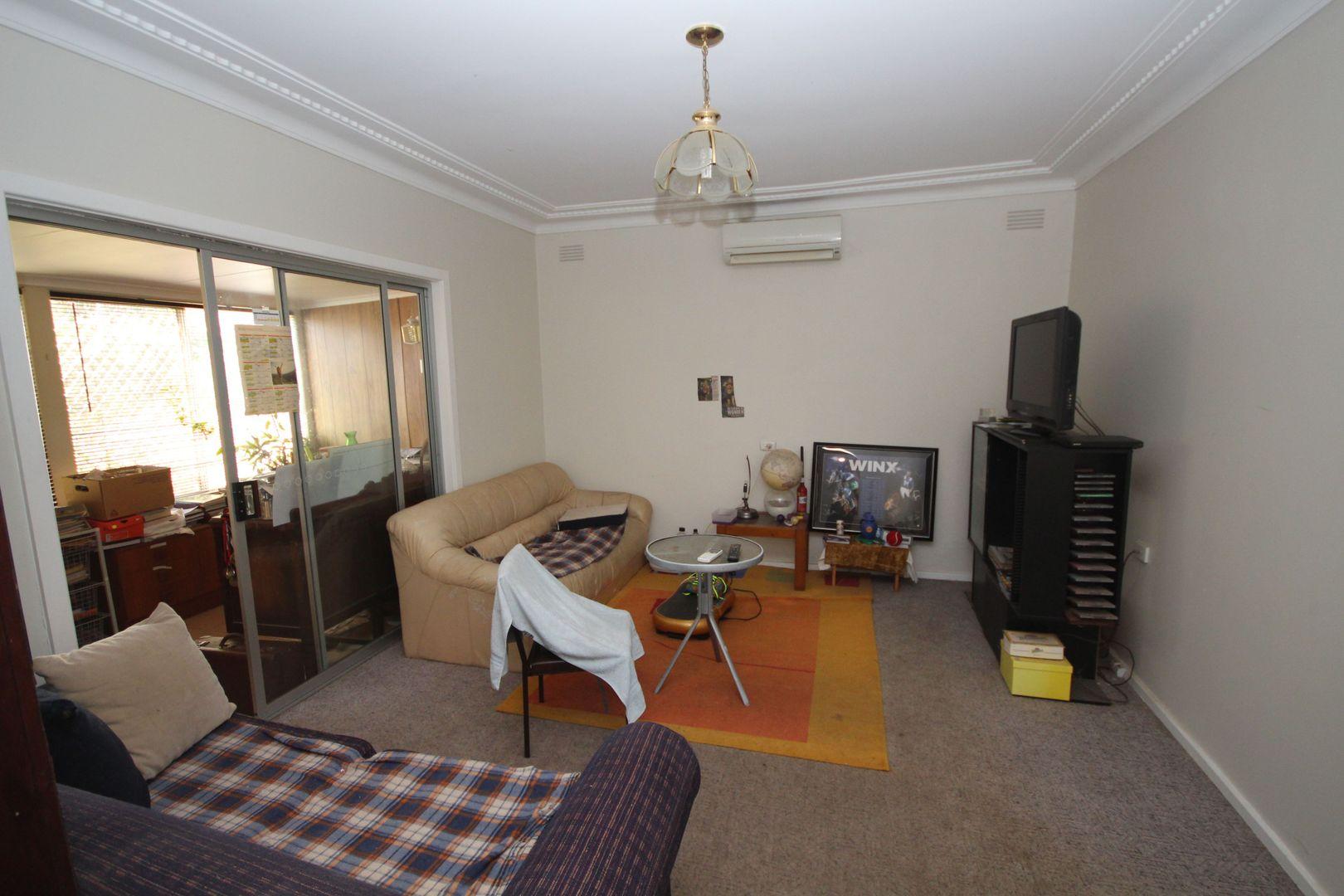 10 Nilma Avenue, Mount Austin NSW 2650, Image 1