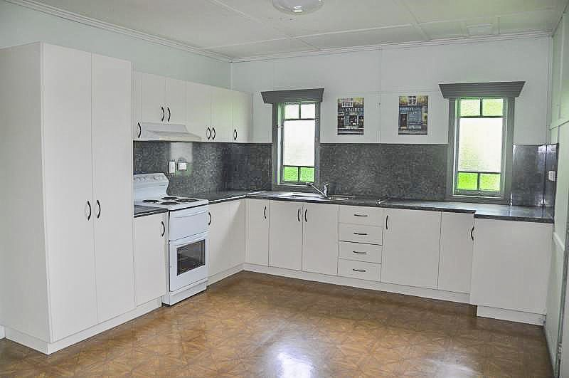 11 Craven Street, Charters Towers City QLD 4820, Image 1