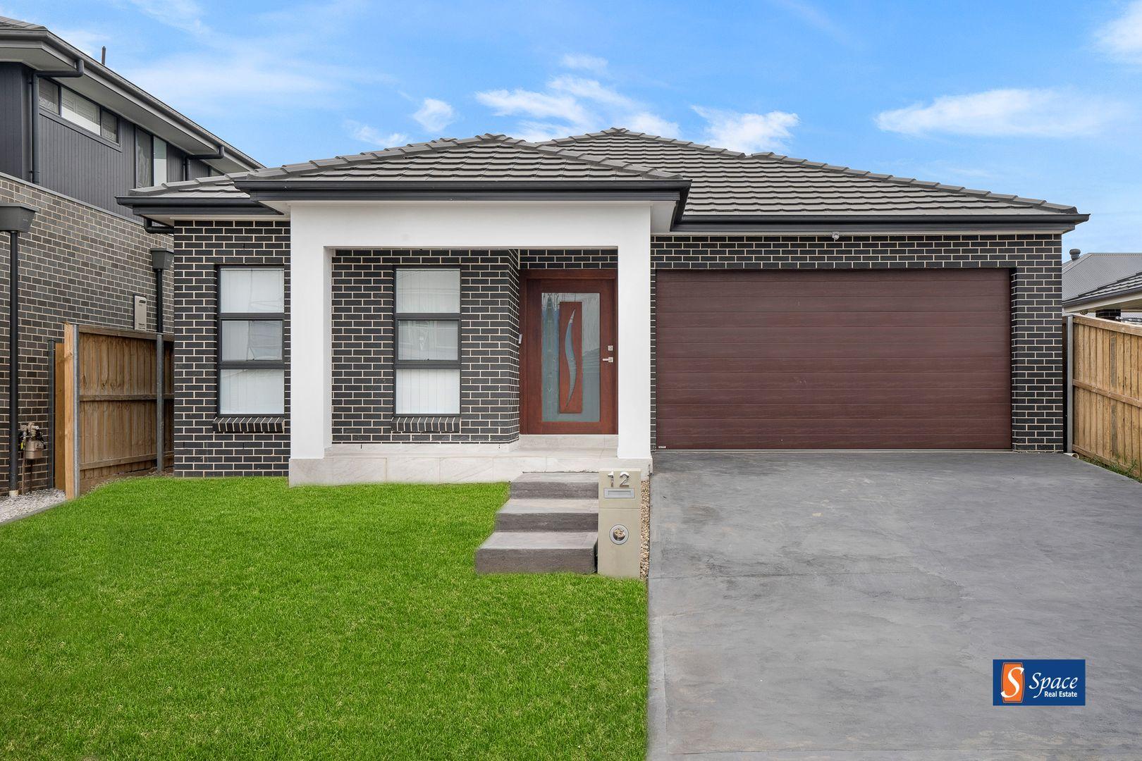 12 Kinghorne Street, Gledswood Hills NSW 2557, Image 1