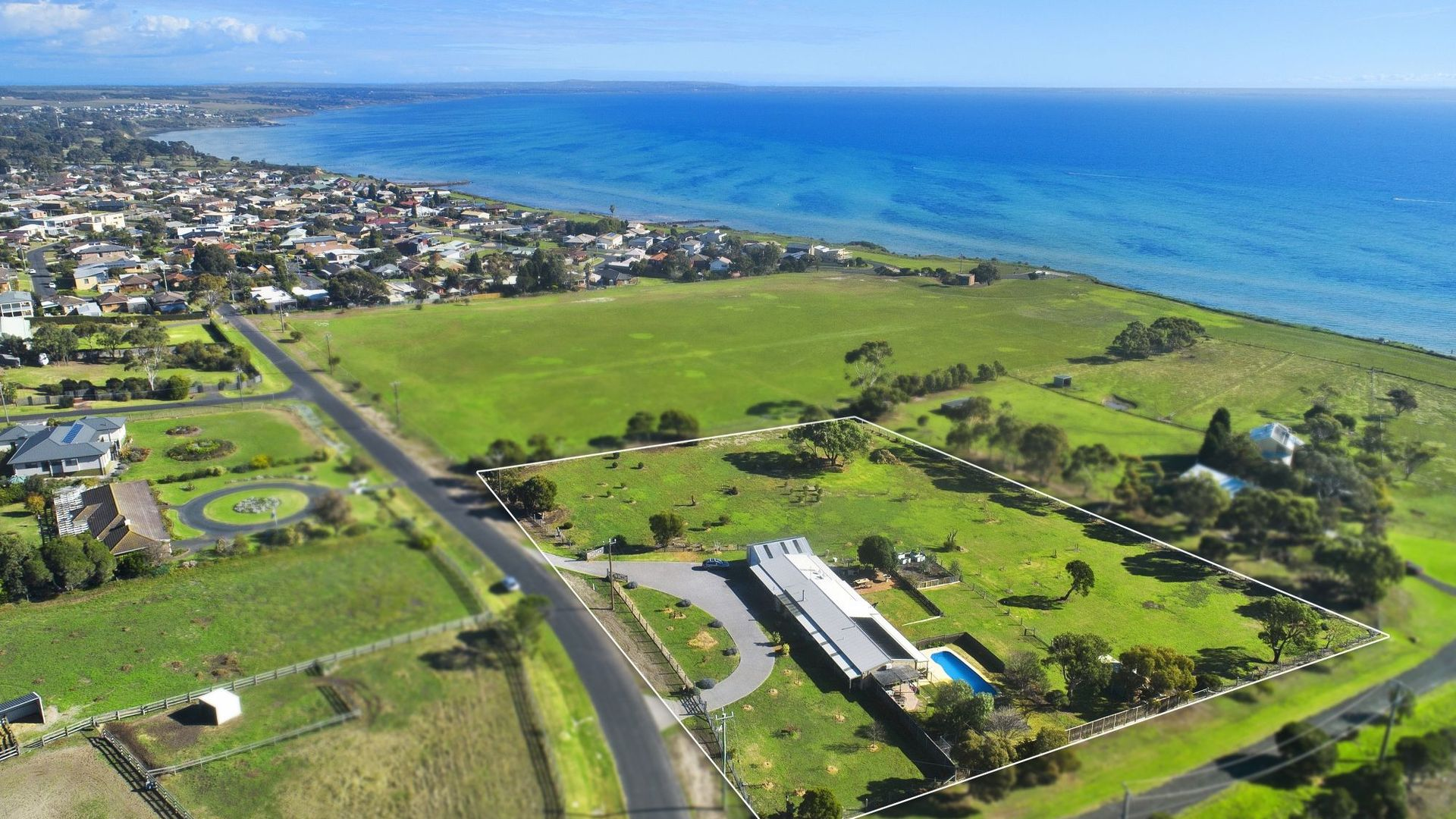 1 Cliff Edge Court, Clifton Springs VIC 3222, Image 2