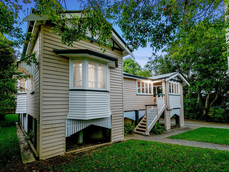 11 Poet Street, Holland Park West QLD 4121, Image 0