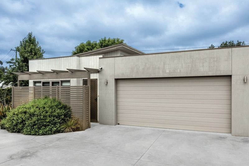 8 Latitude Court, Ballarat East VIC 3350, Image 0