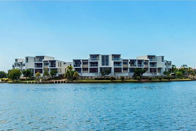 Picture of 78/5033 Emerald Island Drive, CARRARA QLD 4211