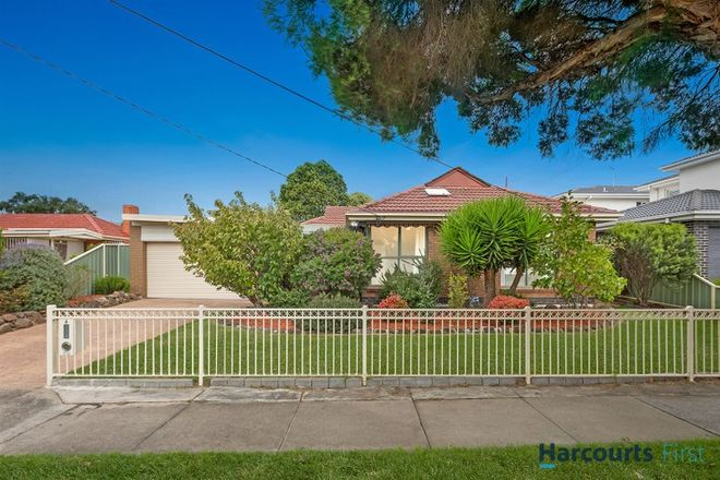 Picture of 8 Ray Road, BURWOOD EAST VIC 3151