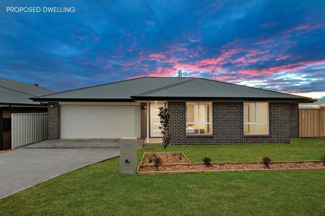 Picture of 10-11/98 Avondale Road, COORANBONG NSW 2265