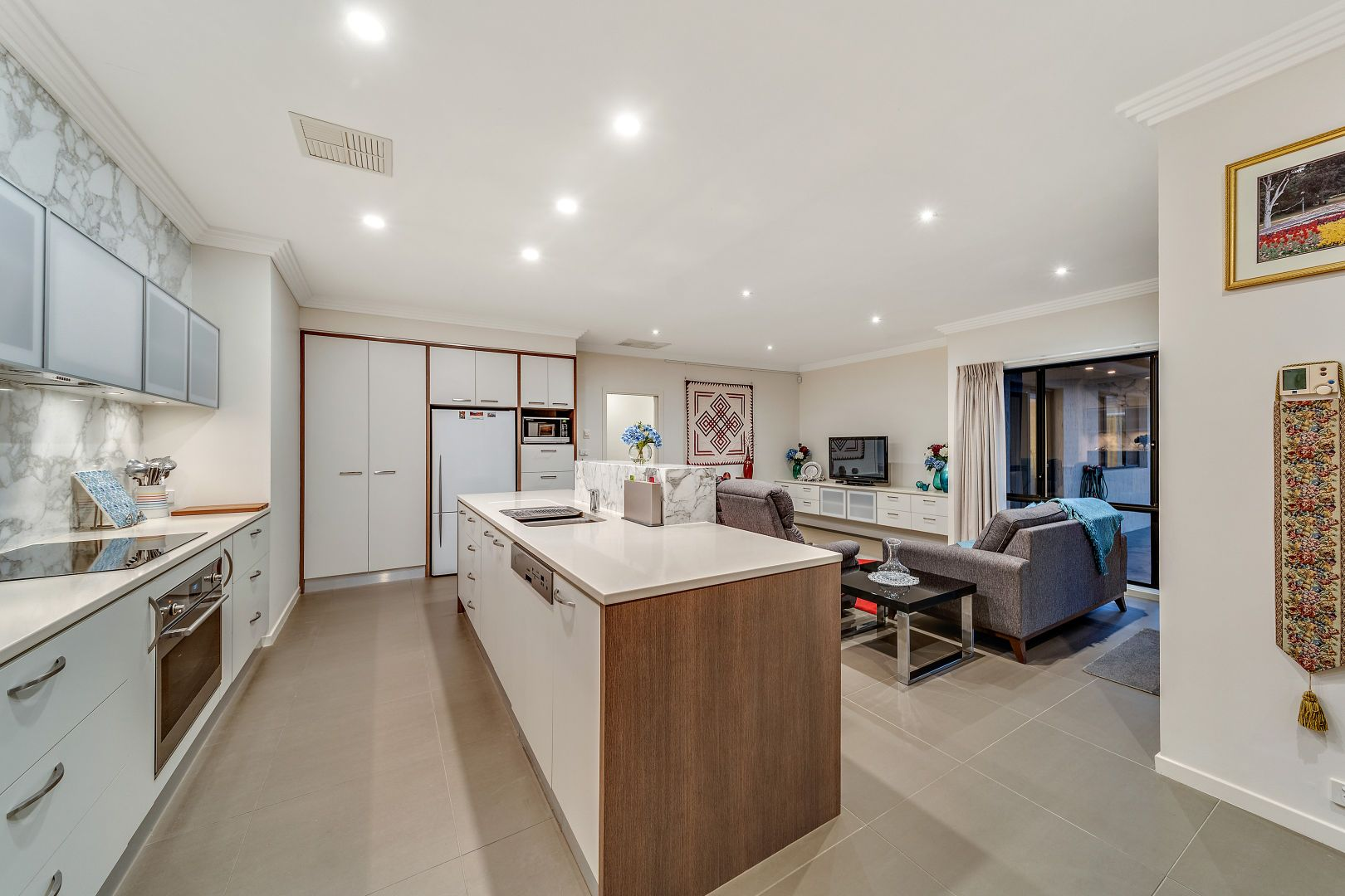 22 Jeanne Young Circuit, Mckellar ACT 2617, Image 2