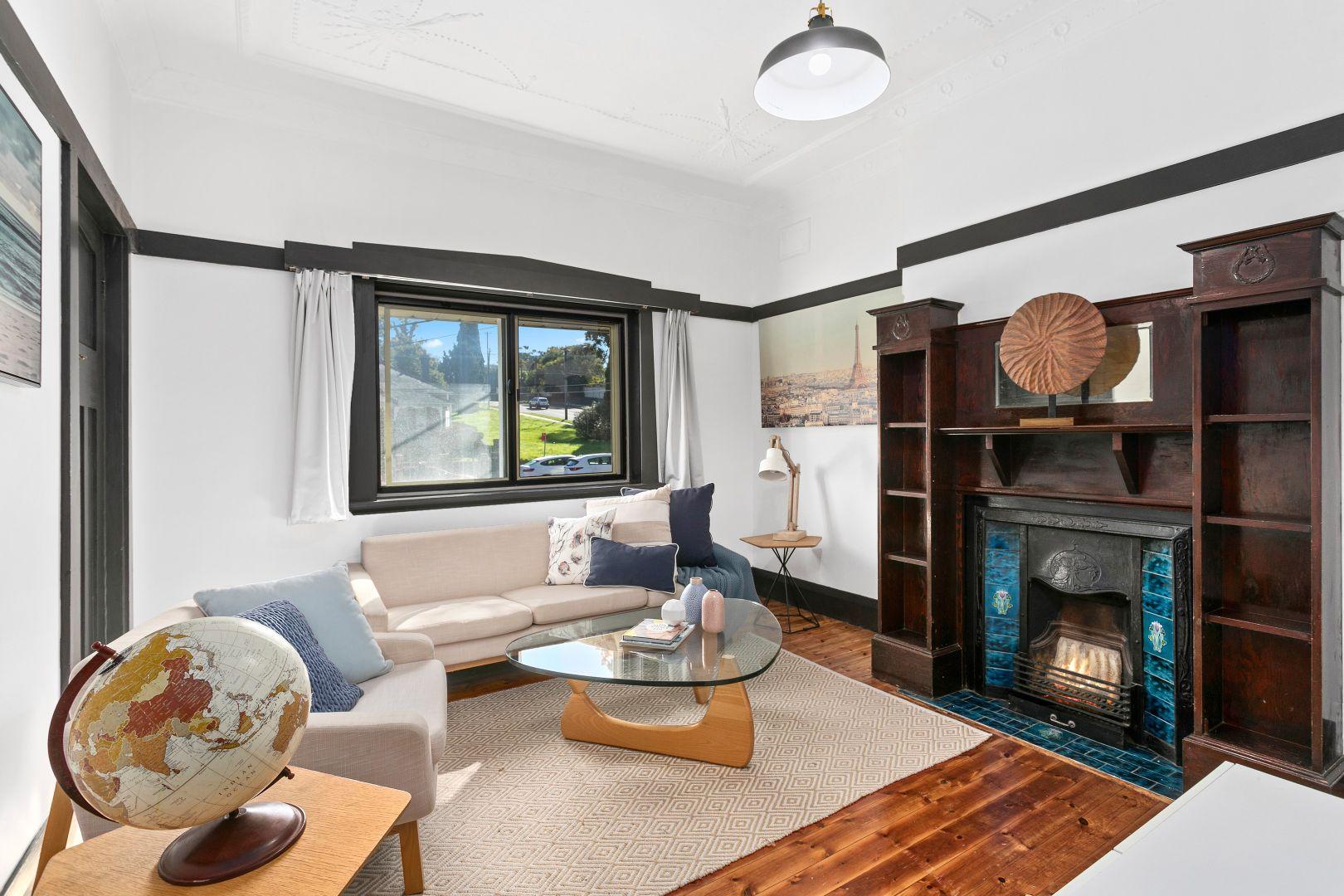 38 Hillcrest Avenue, Hurstville NSW 2220, Image 2