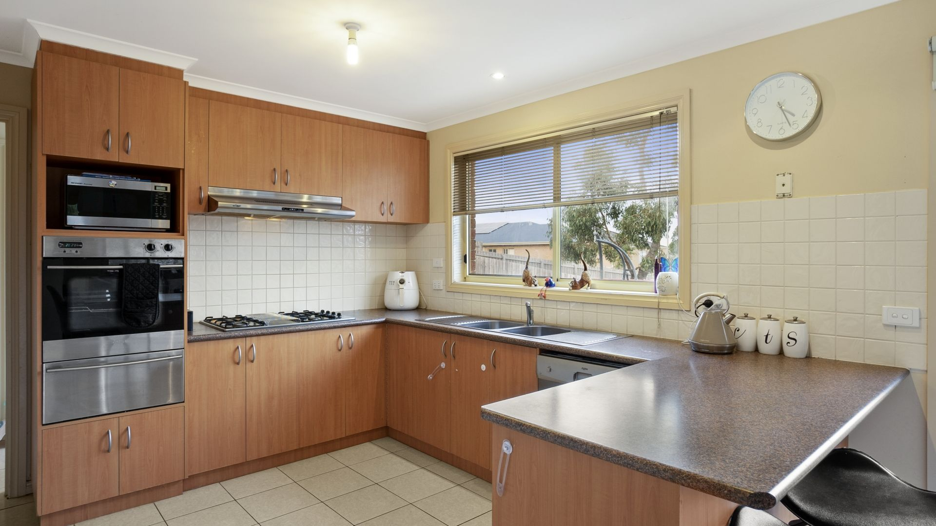 6 Hine Court, Bacchus Marsh VIC 3340, Image 2