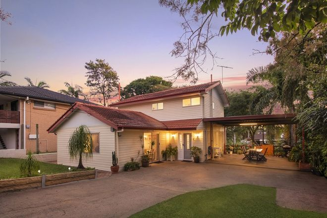 Picture of 22 Donna Avenue, ROCHEDALE SOUTH QLD 4123
