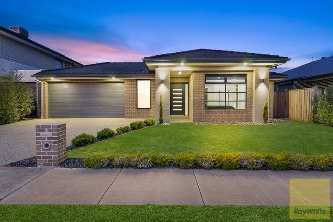 Picture of 33 Wiltshire Boulevard, THORNHILL PARK VIC 3335