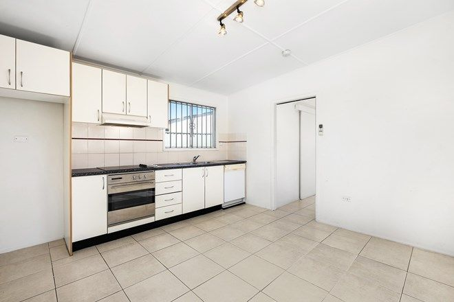 Picture of 12 Lyon Avenue, PUNCHBOWL NSW 2196