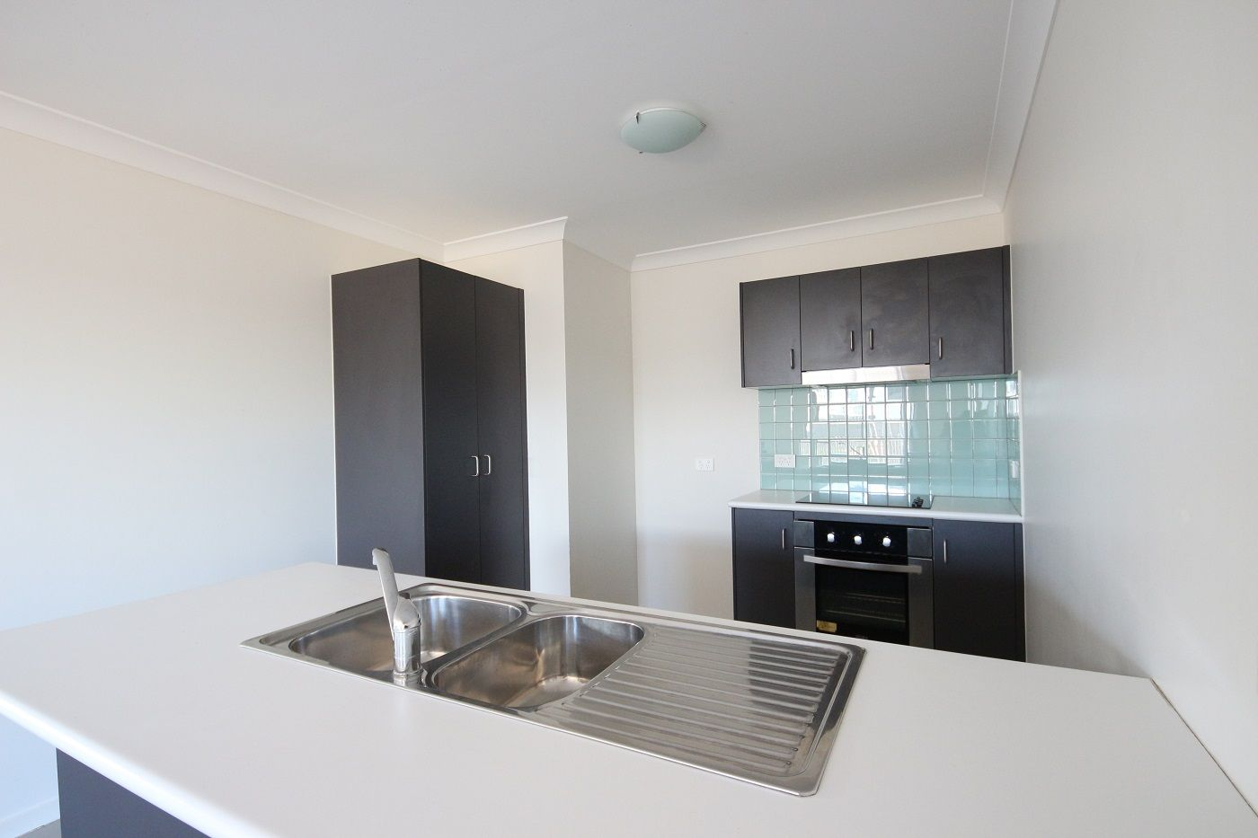 8 Elvina Street, Deeragun QLD 4818, Image 0
