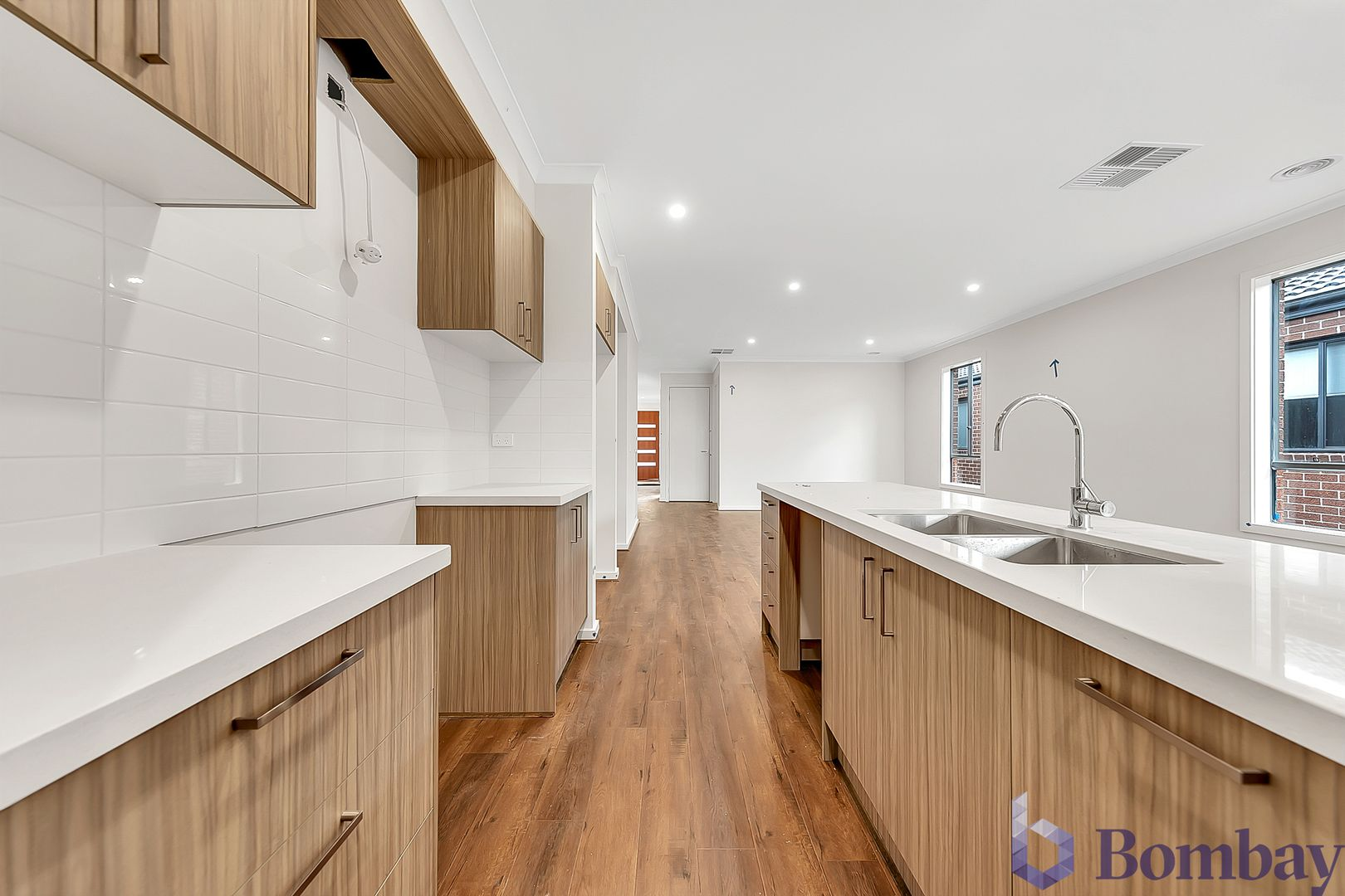 43 Latchford Drive, Mickleham VIC 3064, Image 2