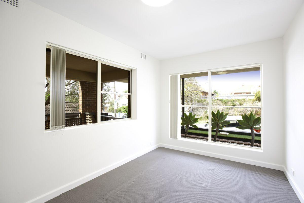 1/1 Thornton  Street, Fairlight NSW 2094, Image 2