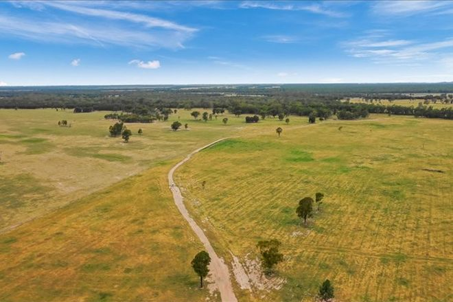 Picture of 2811 Lockwood Road, KURROWAH QLD 4352