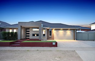 Picture of 15 Rutherglen Way, Caroline Springs VIC 3023