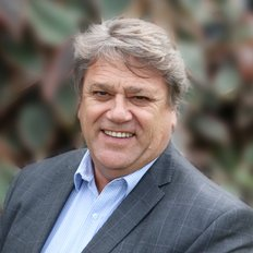 Bruce McLachlan, Sales representative