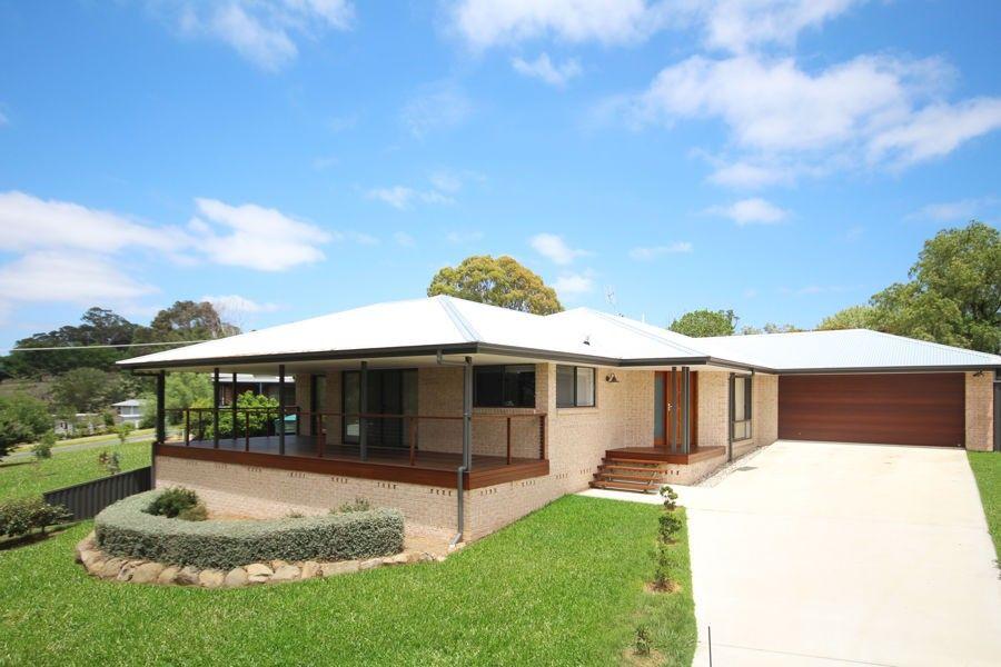 162 Pelham Street, Tenterfield NSW 2372, Image 2