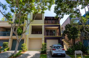 Picture of 3309 Central  Place, Carrara QLD 4211