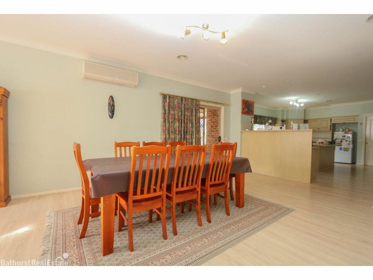 18 Rosemont Avenue, Kelso NSW 2795, Image 2