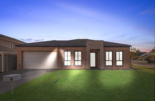 Picture of 15 Dickerson Way, Caroline Springs VIC 3023