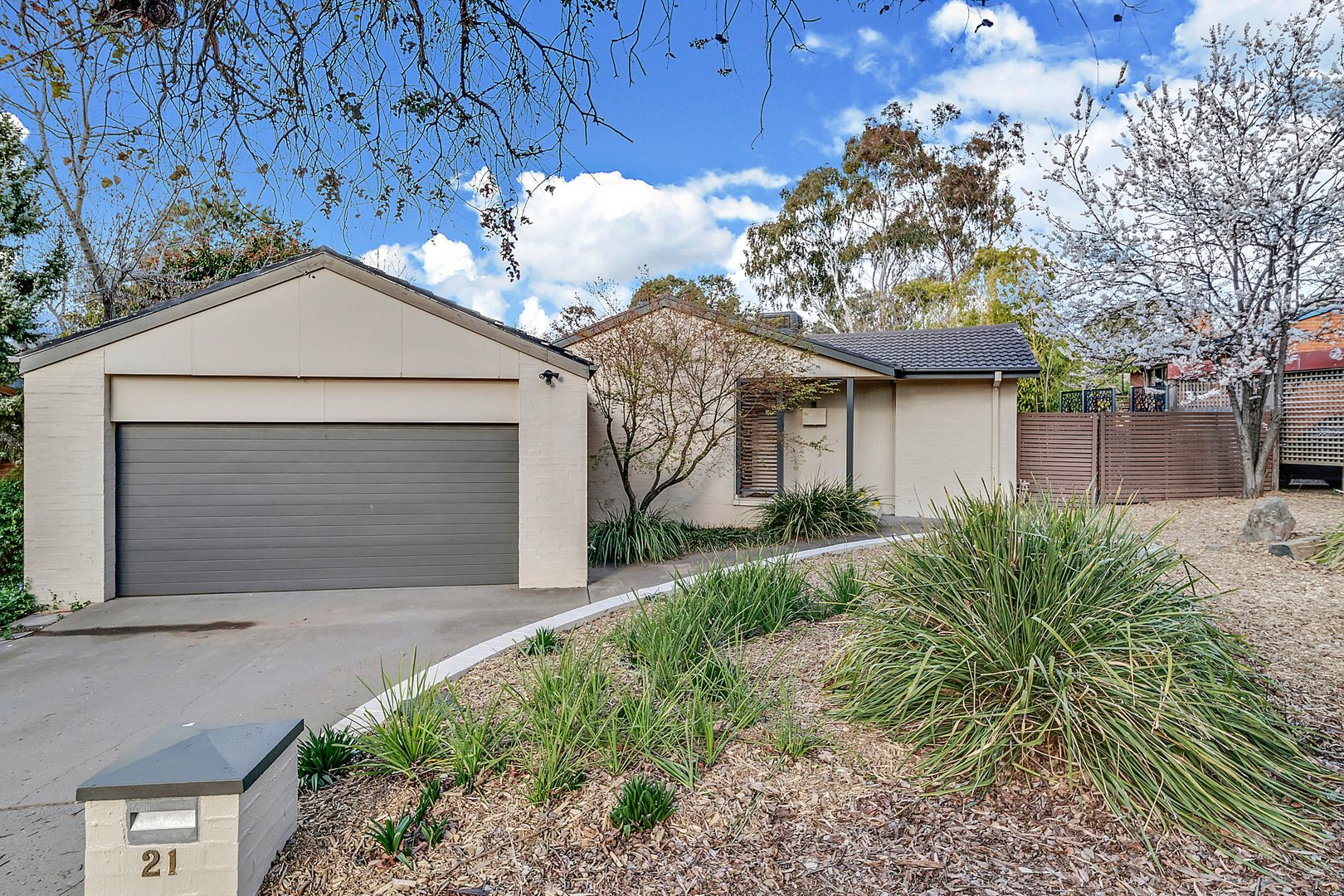 21 Henry Street, Cook ACT 2614, Image 0