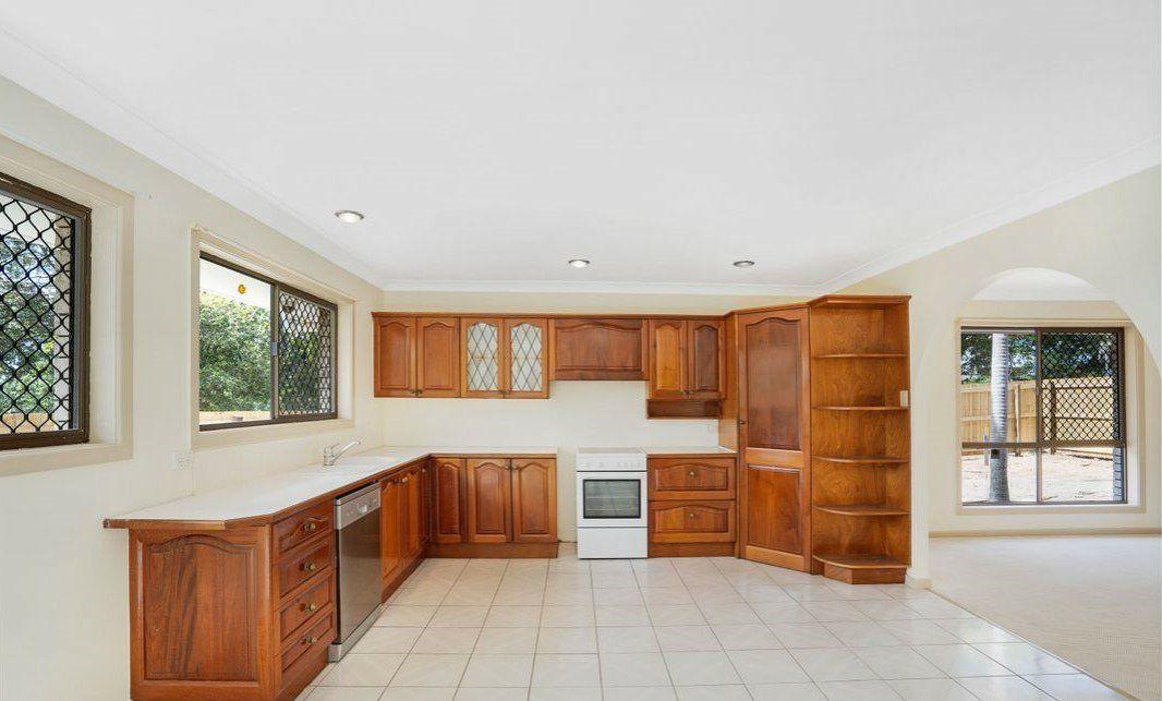 36 Richards Street, Loganlea QLD 4131, Image 2